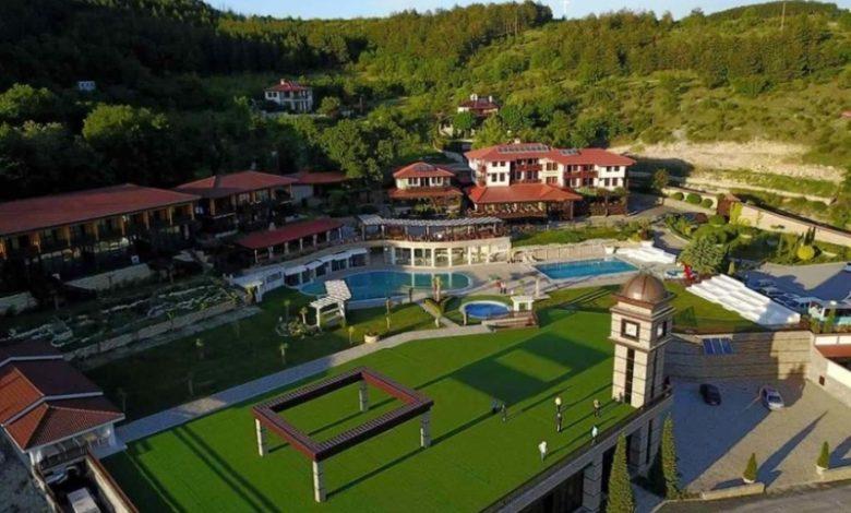 Хотелски комплекс Главатарски хан