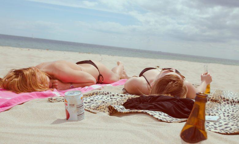 Момичета на плажа